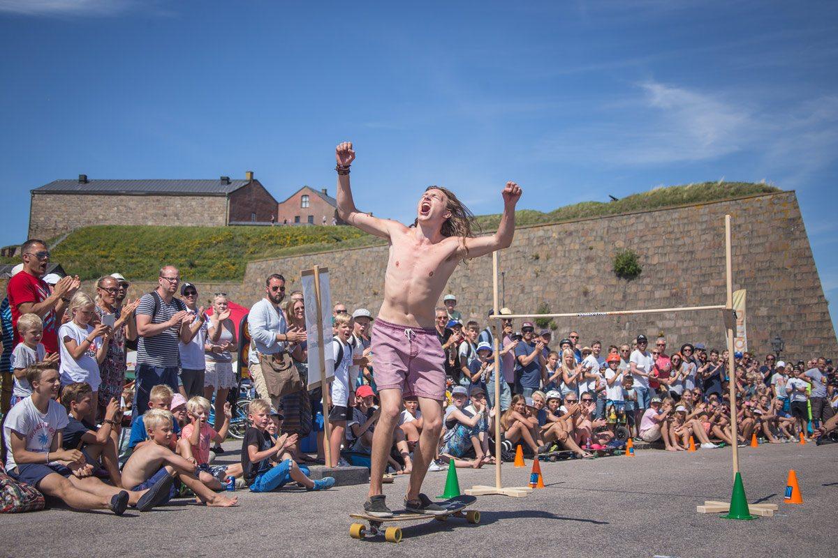 Tävlingen Hallifornia Hippie Jump är en riktig crowpleaser
