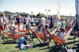 Hängmattor är en del av festivalområdet
