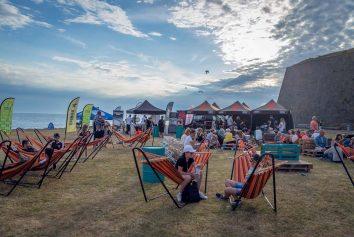 Hängmattor är ett givet inslag på festivalområdet