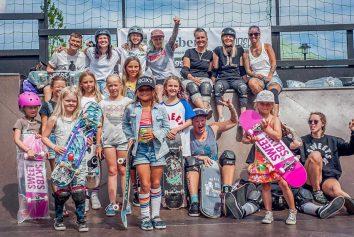 Dom kvinnliga deltagarna av Varberg Ramp Jam