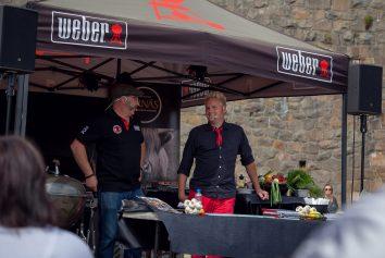 Per Engström och Andreas Mattiasson har Grillshow under Hallifornia